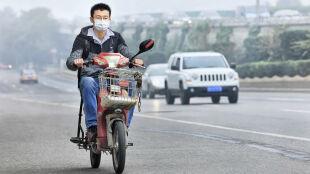 Brudne powietrze przyczyną raka. W rok zabiło 223 tys. osób