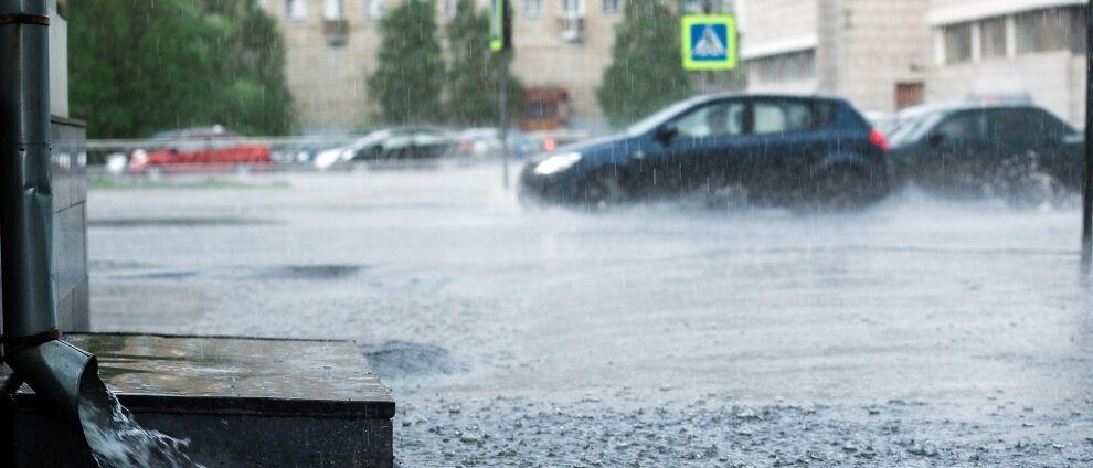 Trudne ostatnie dni sierpnia.<br>Nawet 34 stopnie, ulewy, burze z gradem