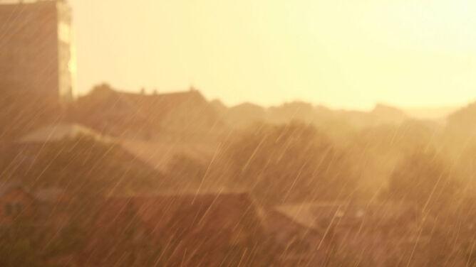 Prognoza pogody na dziś: deszczowo, ale na termometrach nawet 10 stopni