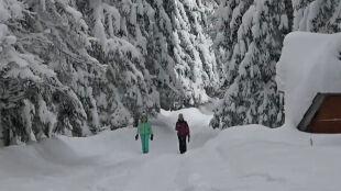 Zagrożenie lawinowe w Tatrach. Na Słowacji szlaki zamknięte, w Polsce nie