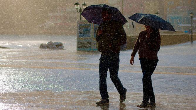 Prognoza pogody na dziś: od 11 do 20 stopni. Poza tym deszcz, a nawet burze